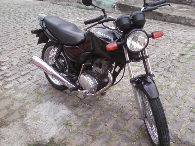 Resultado de imagem para moto Honda Fan, cor preta